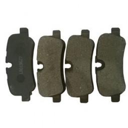 Замена задних тормозных накладок